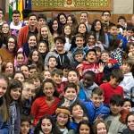"""180 menores acuden al Parlamento bajo la campaña """"Las niñas y los niños también votan"""""""