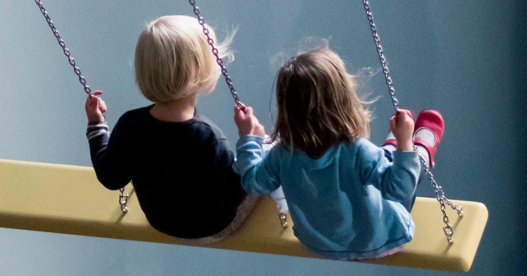 Firmas para la Ley contra Violencia a la Infancia
